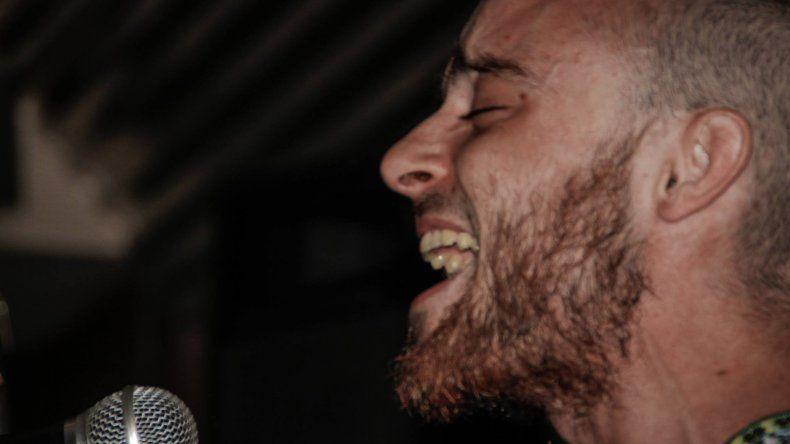 Jerónimo Landolfi y su banda presentan el disco Querida Entidad