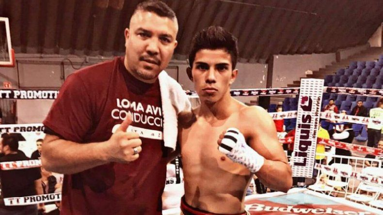 Eduardo Villa del Club de Boxeo Comodoro