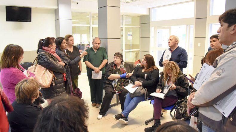 Enfermeras de los Centros de Atención Primeria de Salud volvieron a exigir al Gobierno provincial el reconocimiento de los trabajos adicionales que realizan.