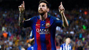 barcelona celebra los 13 anos del debut de messi