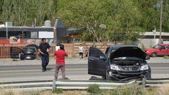 El accidente ocurrió ayer a las 14:40 a la altura de Kilómetro 12, y la conductora del VW Fox resultó herida.
