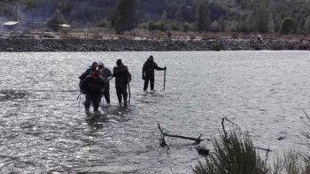 hallaron un cuerpo en el rio chubut