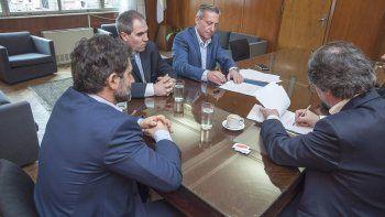 Funcionarios chubutenses ratificaron un nuevo convenio financiero con Nación.