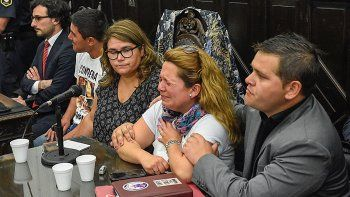Padres, familiares y amigos de Micaela Ortega al escuchar el veredicto.