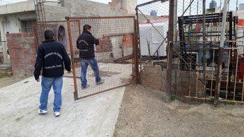Personal de Búsqueda de Personas ayer allanó la casa de la mujer desaparecida hace 9 días. Fue en el barrio San Martín.