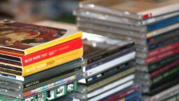 robaron 40 cd de musica  en una casa del pueyrredon