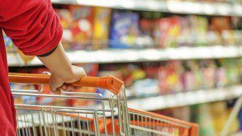 Frente al aumento del costo de vida los consumidores se vuelcan cada vez más a segundas marcas y marcas propias de los supermercados.