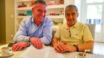 Mariano Arcioni llegó a Rawson ayer a la tarde y de inmediato se reunió con el gobernador.