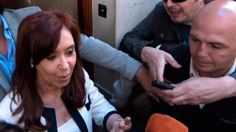 Fiscal pidió elevar a juicio oral la causa contra Cristina Fernández
