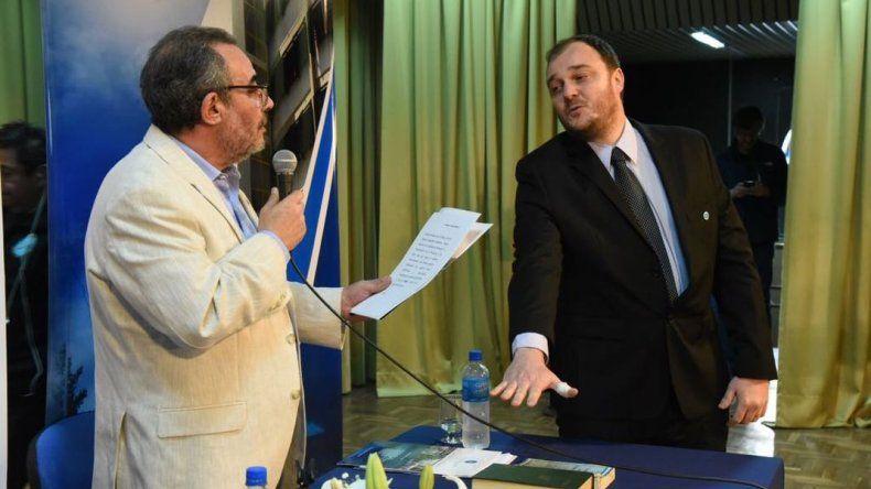 Carlos De Marziani asumió como rector de la Universidad