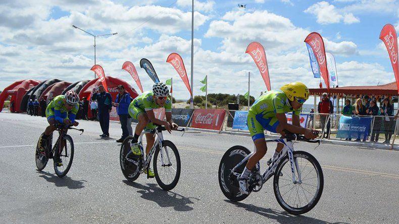 El equipo de ciclismo de Chubut se ubicó en la cuarta colocación en la prueba contrarreloj con un tiempo de 24m14s a algo más de un minuto de Los Lagos