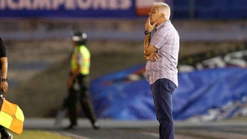 Renunció Omar De Felippe como técnico de Vélez