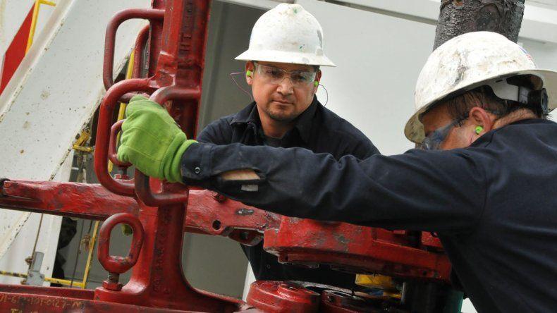 El precio del petróleo Brent aumenta 3% tras la salida de EEUU del pacto con Irán