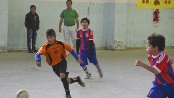 Como cada fin de semana, la categoría Infantil también tuvo acción en el futsal promocional.