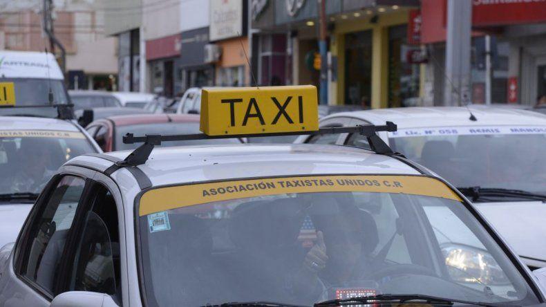 Asaltaron a un taxista en el barrio Pietrobelli y  sospechan que los pasajeros fueron el señuelo