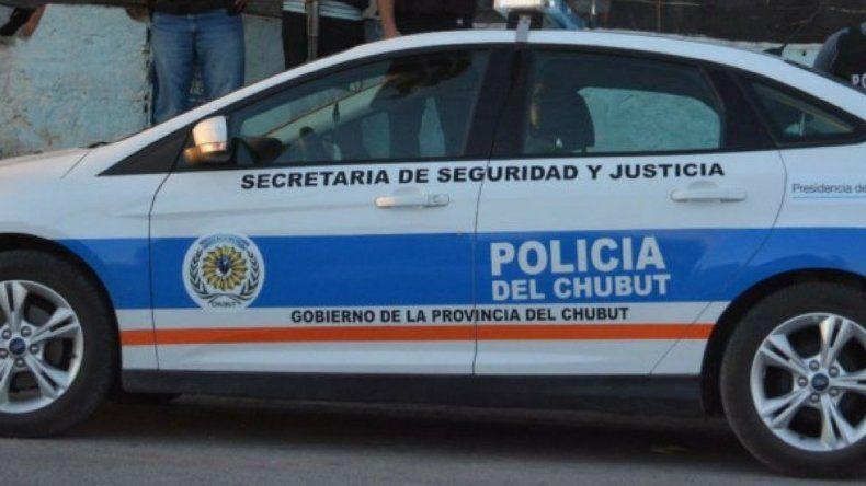 Balearon el auto de un policía retirado en el Pueyrredón
