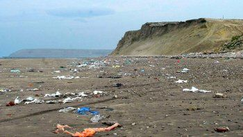 Convocan a limpiar las playas y concientizar sobre el cuidado del ambiente
