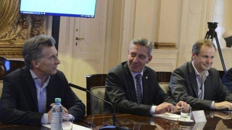Macri no consiguió acuerdo con gobernadores y la reunión pasó a un cuarto intermedio