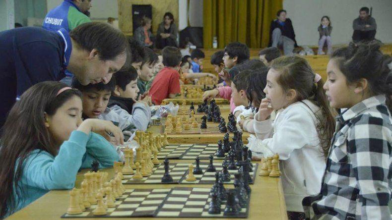 El Interprovincial de ajedrez reunió a jugadores de todas las edades.