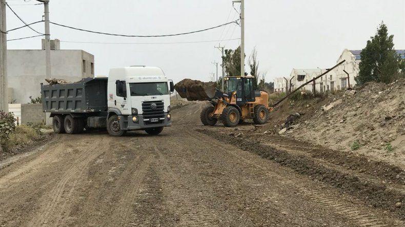 El municipio realizó tareas de acondicionamiento del camino costero que une el hospital Alvear con Kilómetro 4.