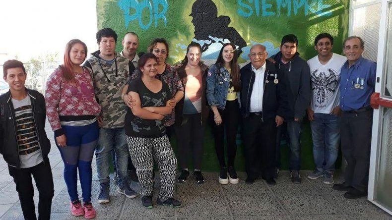 En la Escuela 755 se inauguró un mural