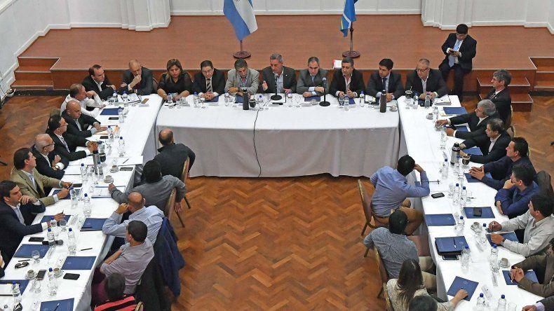 Arcioni ratificó la continuidad de la gestión de Mario Das Neves