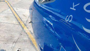 avion que llegaba a aeroparque desde trelew choco contra un drone
