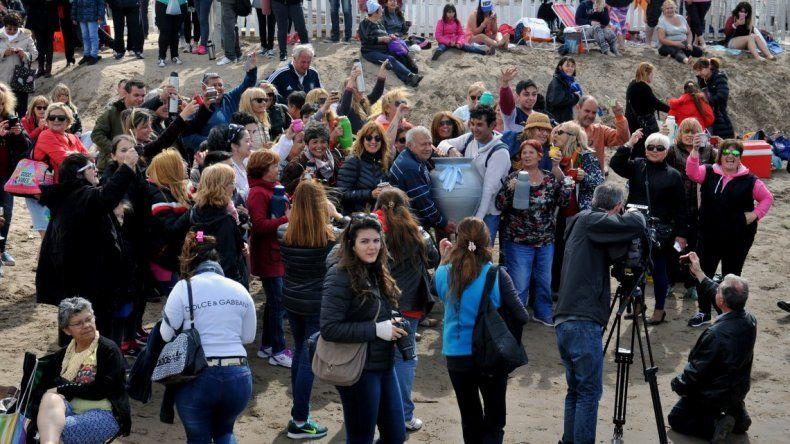 Miles de personas realizaron una mateada contra la cheta de Nordelta