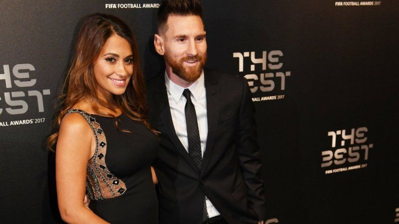 La foto de Messi con una hermosa mujer que se hizo viral