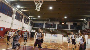 Hoy continuará la acción por el torneo Clausura de básquetbol.