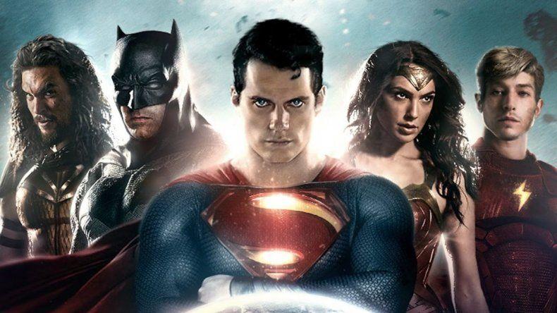 Vuelven los superhéroes unidos para combatir el mal