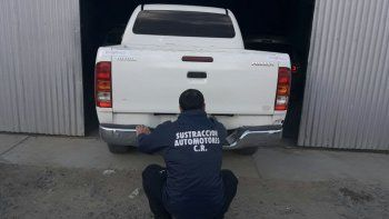 encontraron una camioneta abandonada con pedido de secuestro