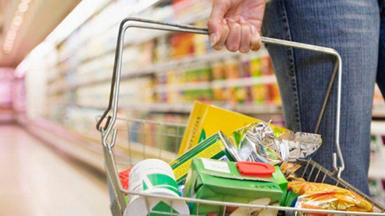 Los alimentos registraron un alza promedio del 1