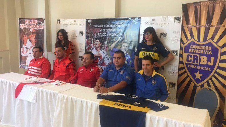 Ayer fue presentado el partido que se realizará el 9 de diciembre en el estadio municipal.