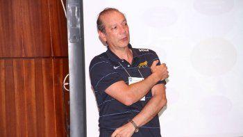 fernando erimbaue dictara una clinica de rugby infantil