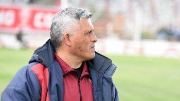 El entrenador de Huracán, Jorge Montesino, se ilusiona en grande.
