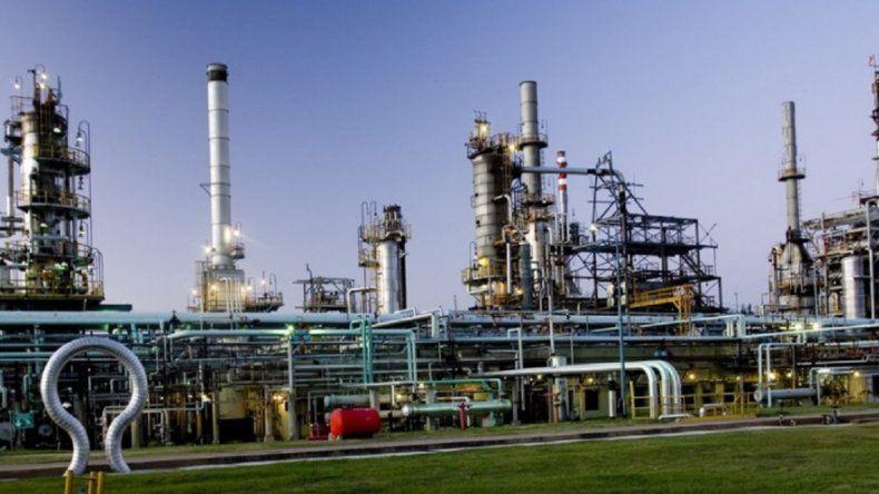 YPF es la nueva dueña de la petrolera de Cristóbal López