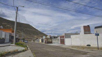 En el sector Altos del Tres del barrio Mosconi, una vivienda fue blanco de un robo por segunda vez en poco más de un mes.