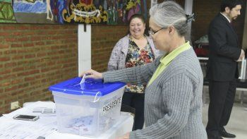 unos 600 chilenos estan en condiciones de votar en chubut