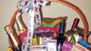 recaudan alimentos para ofrecer una navidad diferente a familias de bajos recursos