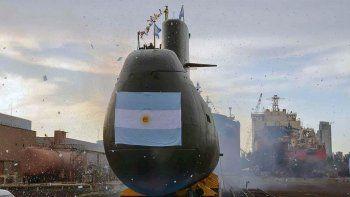 afirman que el submarino reporto una falla