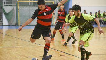 Sigue esta tarde el torneo Clausura de fútbol de salón con más partidos en el gimnasio municipal 1.