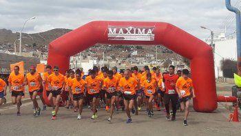 Con un doble objetivo, solidario y deportivo, se concretó la corrida Máxima.