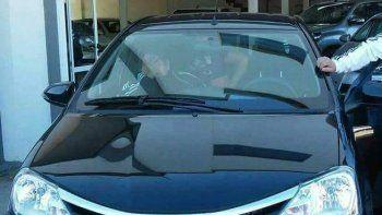 El vehículo que las viudas negras le robaron al vecino de la Fracción 14 que quiso seguir la diversión en su casa después del boliche.