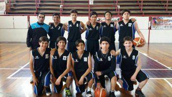 Los chicos del plantel de U15 de Escuela Municipal de Caleta Olivia B.