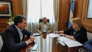 Alicia Kirchner negoció por su cuenta con el gobierno macrista para sumarse al Pacto Fiscal.