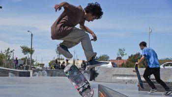 La 5ª fecha de la Copa Argentina de Skateboarding se despliega hoy en Rada Tilly.