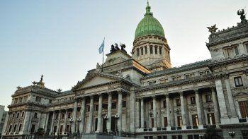 en la universidad se desarrolla la primera jornada de gestion legislativa y periodismo parlamentario