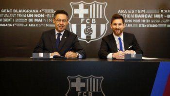 Leonel Messi firmó su renovación con el Barcelona