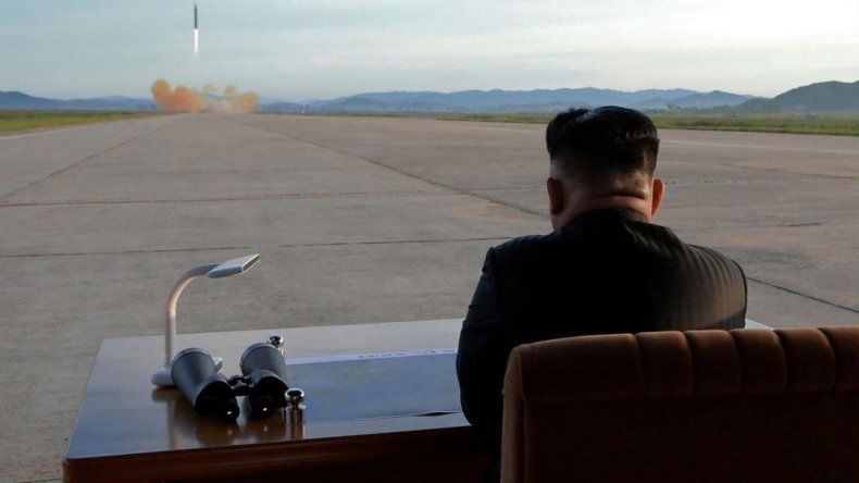 Corea del Norte lanzó un misil que puede atacar a Estados Unidos
